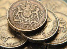 Фунт стерлингов пошел в разворот после затяжного падения: что делать с британской валютой инвесторам?