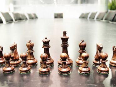 Medium term strategy in binary options trading