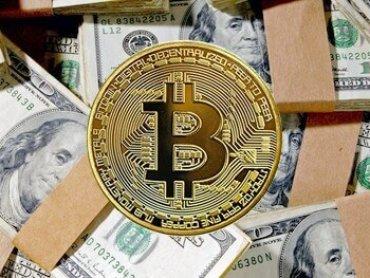 Все корпорации должны конвертировать доллары на балансах в биткойны